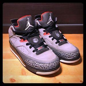 Air Jordan - SOM Retro Low 'Cement Grey/White'